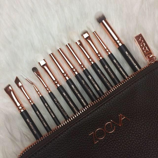 Rose gold eye set from Zoeva