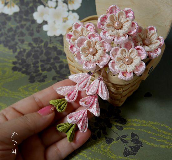 katumi made *つまみ細工の簪(かんざし)髪飾り、つまみ細工のshop*つまみ細工Uピンセット下がり付きが可愛いです♪