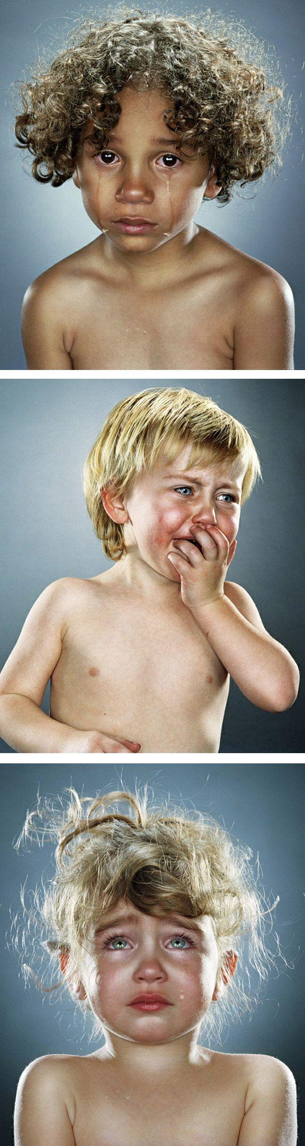 Criança chorando não é legal. Mas olha esses olhos...