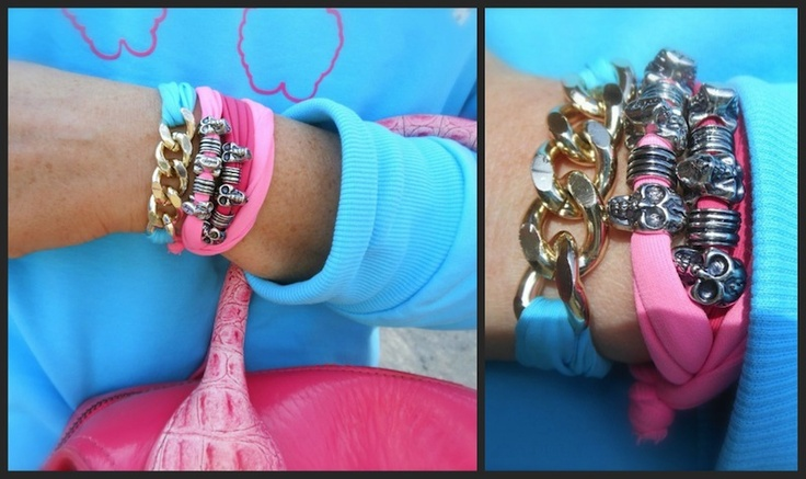 Lolly Star estate 2013, idea outfit felpa azzurra barboncino moda, rosa e azzurro idea look pastello, collezione teenager fashion blogger sporty parma amanda marzolini the fashionamy, bracciali skull,