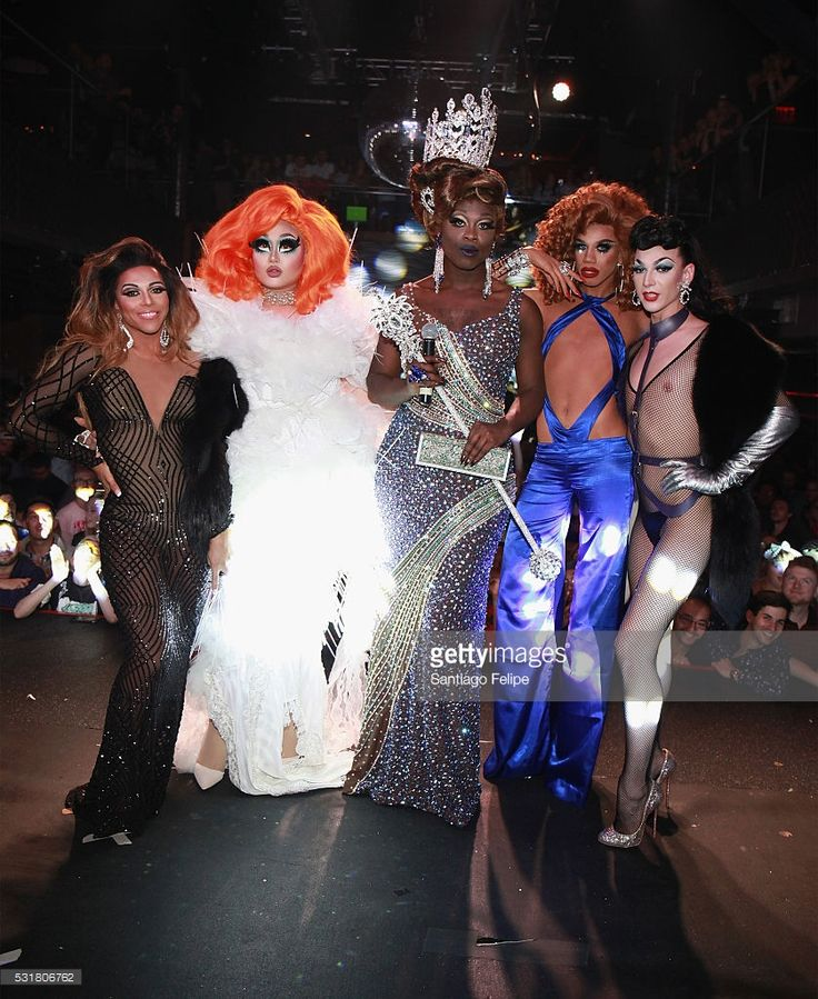 Shangela Laquifa Wadley, Kim Chi, Bob the Drag Queen, Naomi Smalls, and Violet Chachki pose onstage during the RuPaul's Drag Race Season 8 Finale Party at Stage 48 on May 16, 2016 in New York City.