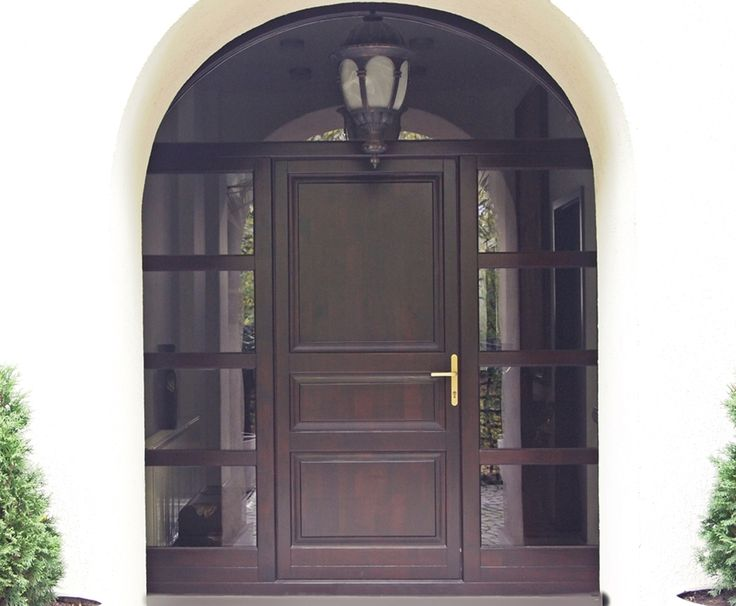 Usa de exterior din lemn de molid \ Front door made from spruce wood