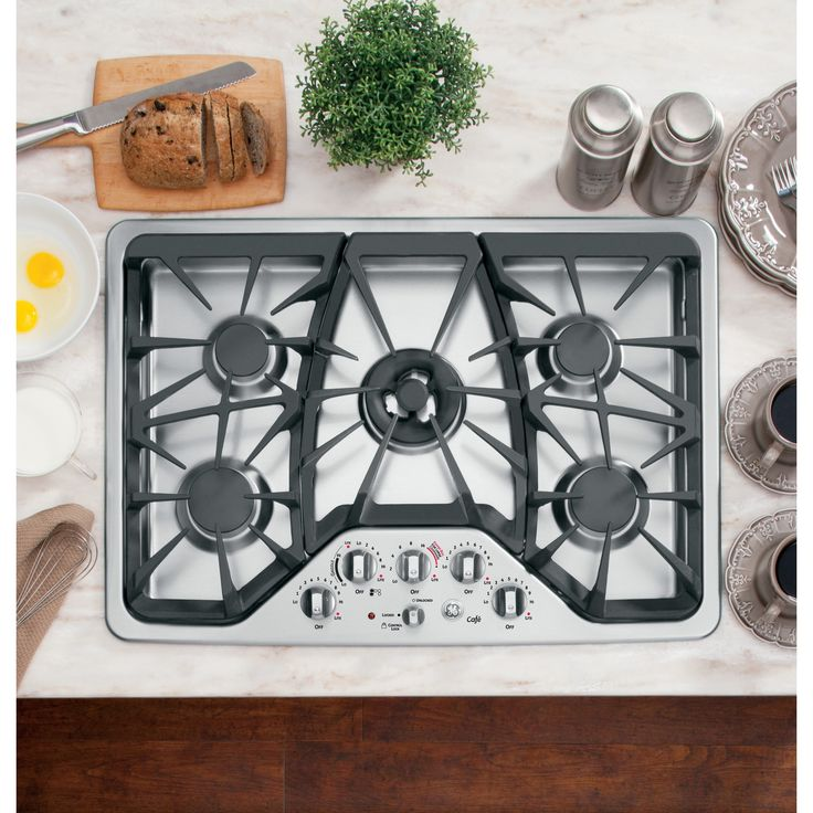 High temperature grills and electronic ignition and lockout make this natural gas cooktop a modern marvel for your kitchen. Its sleek and modern look will also look stunning in any home.