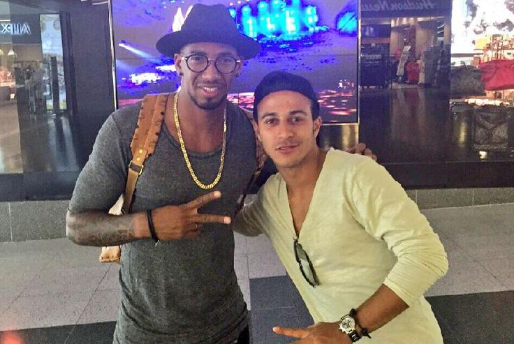 Can't move for @FCBayernEN players in the USA  @thiago6 bumps into teammate Jerome Boateng (via @JB17Official)