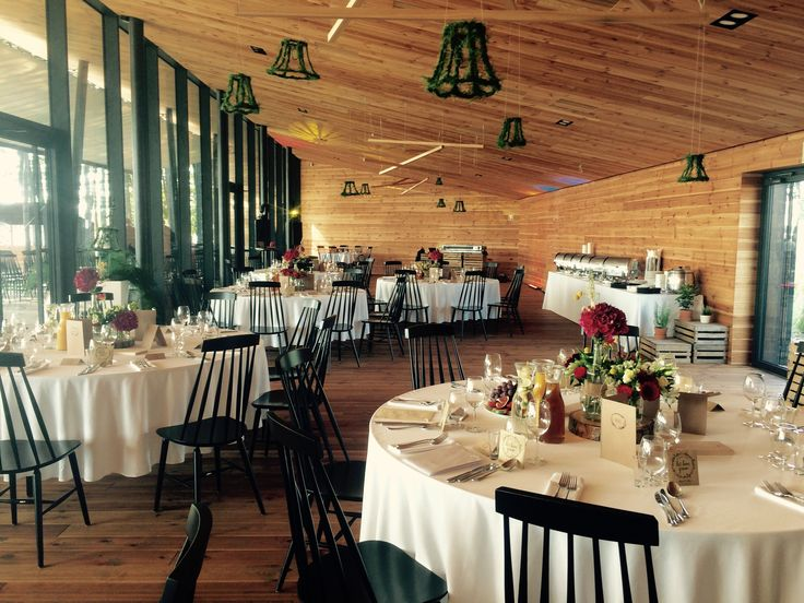 Drewniana sala weselna    Wooden reception hall