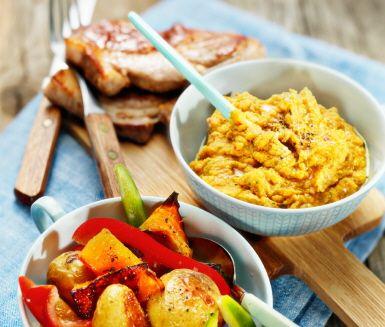 Ett välsmakande och inspirerande recept som fungerar perfekt på bjudningen eller festen! Den smaskiga hummusen gör du av kikärter, olivolja, vitlök, persilja, sambal oelek, ugnsstekt pumpa och sesamfrön. Smaka av med lite citronsaft, salt och peppar och servera med fläskkarré, paprika och ugnsrostad potatis.