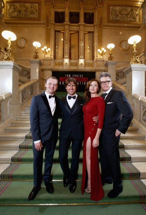 Tom Cruise, Christopher McQuarrie, Rebecca Ferguson and Simon Pegg at event of Mission: Impossible - Rogue Nation (2015)