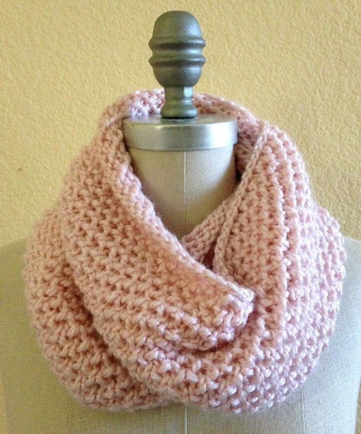 Knitting Pattern For Scarf In The Round : 62 best How to Knit an Infinity Scarf images on Pinterest Infinity scarf pa...