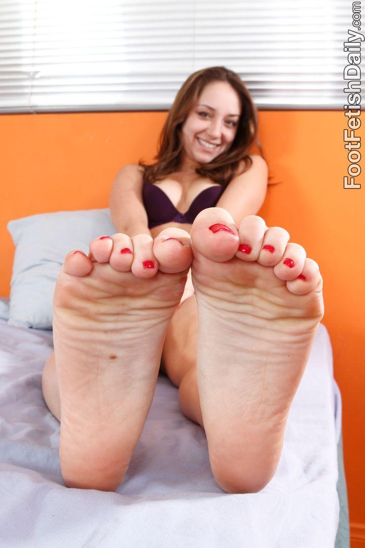 Boyfriend foot fetish-9656