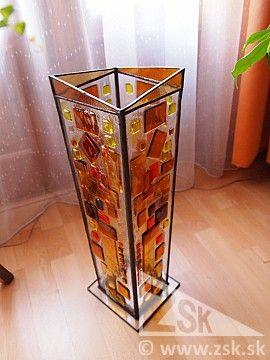 umelecké sklo-váza