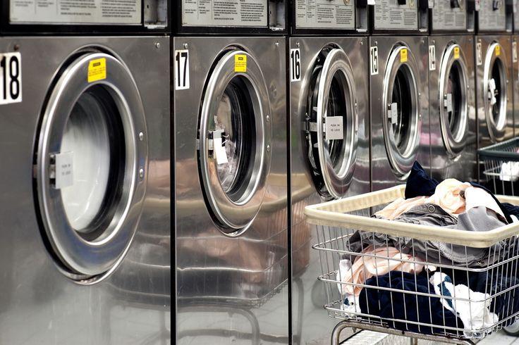 существуют многочисленные прачечные или «стиральные» Laundry.