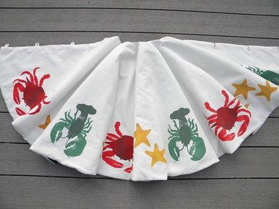 Sealife Coastal Holiday Tree Skirt: Sea Stars, Stars Christmas, Christmas Trees Skirts, Christmas Holiday, Beach, Holiday Decor, Christmas Tree Skirts, Coastal Holiday, Coastal Christmas