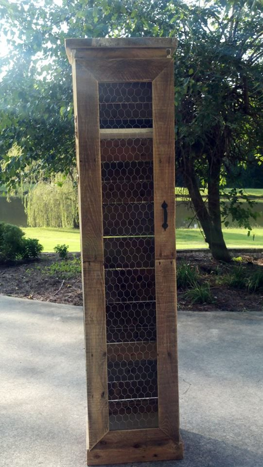 Made from pallets and chicken wire. Could be used for a small pantry.-- bathroom? Dog room?