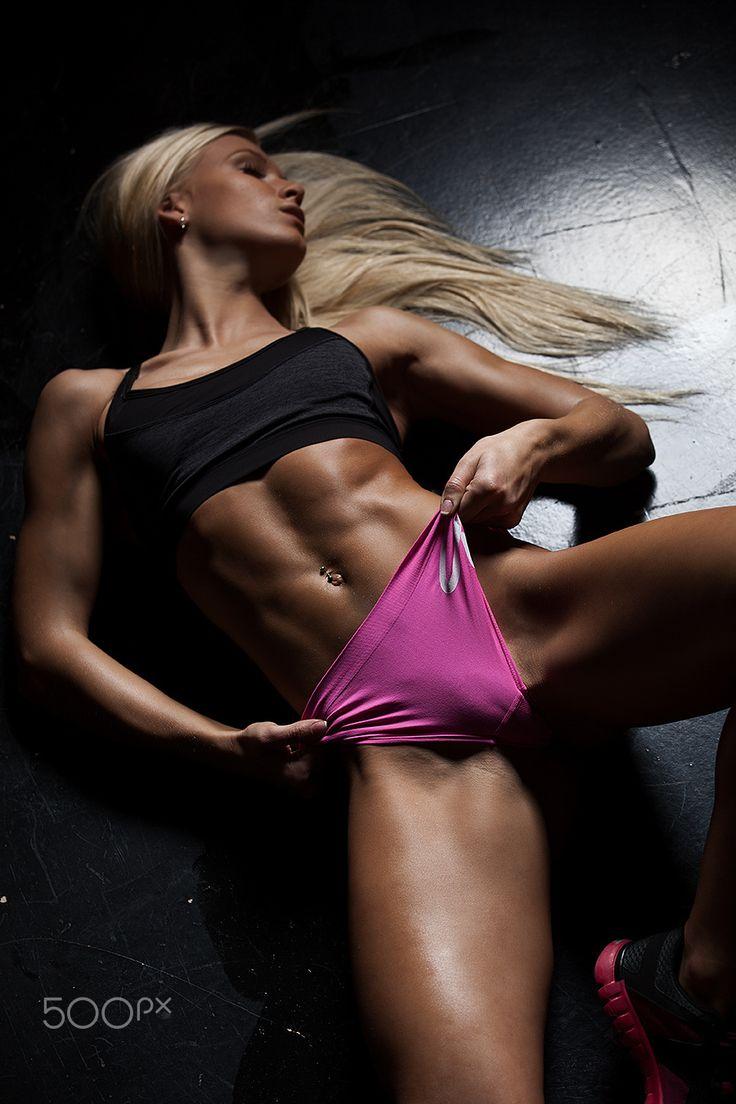 Leaked black sports female nude photos #10