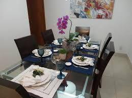 Resultado de imagem para mesa posta pratos branco