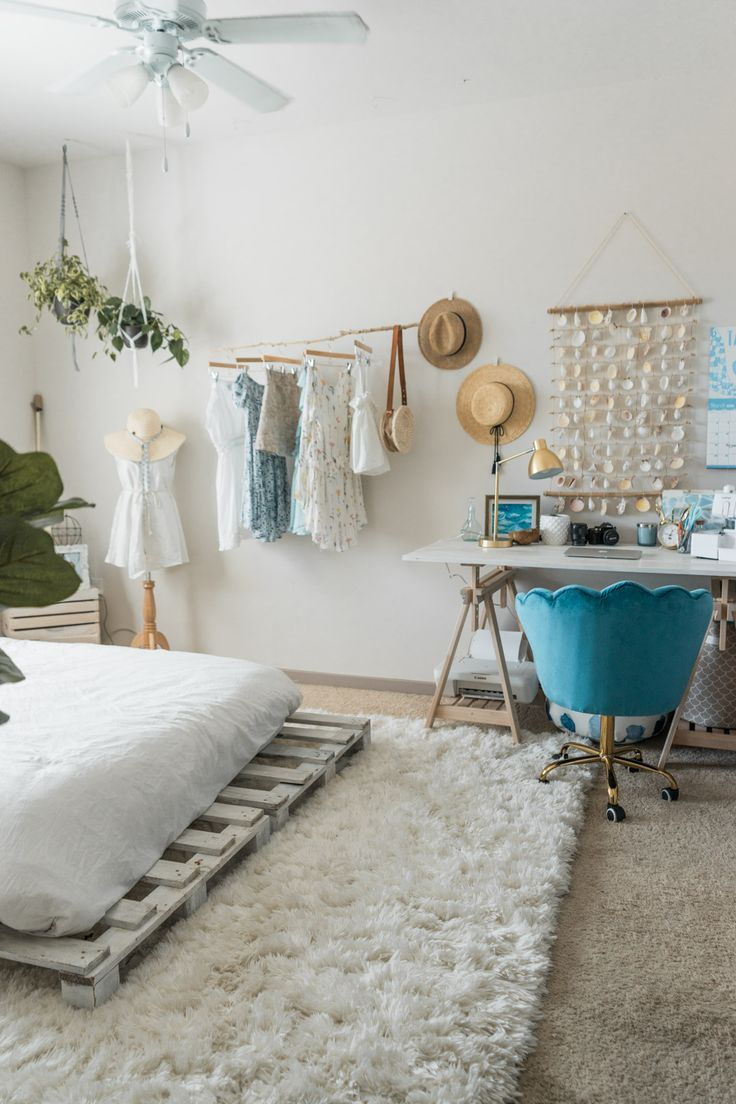 Beachy Boho Bedroom Office With Images Beachy Bedroom Decor