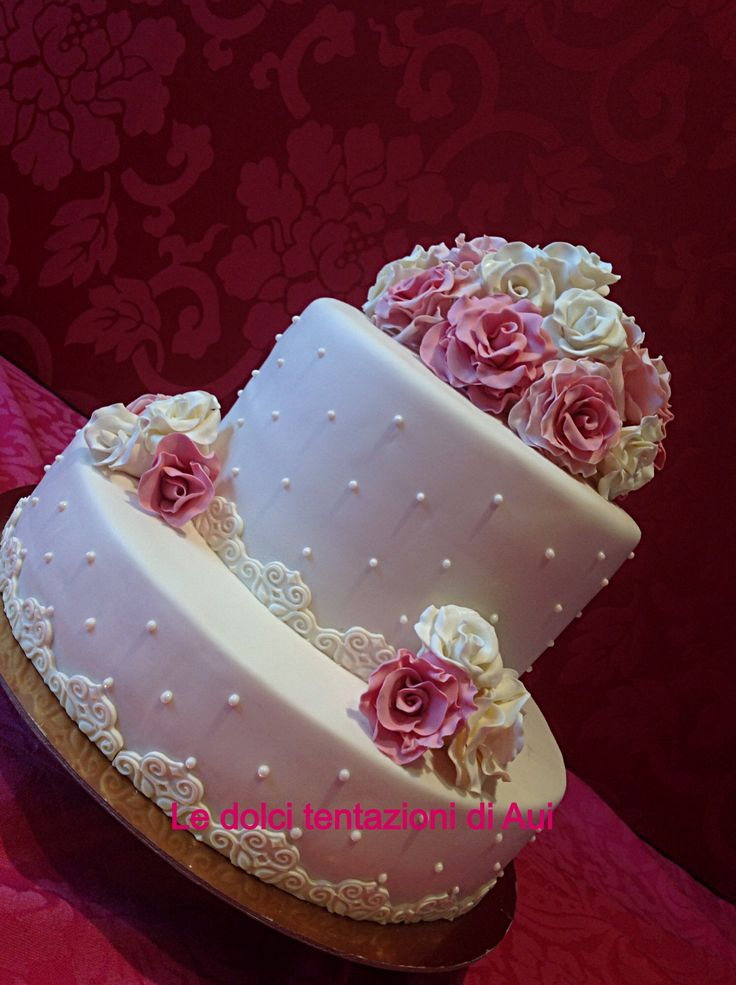 Rose rosa e bianche.....e wedding cake sia..