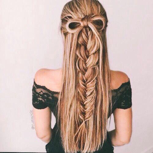 5 Easy Girly Hairstyles! ♡ https://www.youtube.com/watch?v=6DnYraRIUms