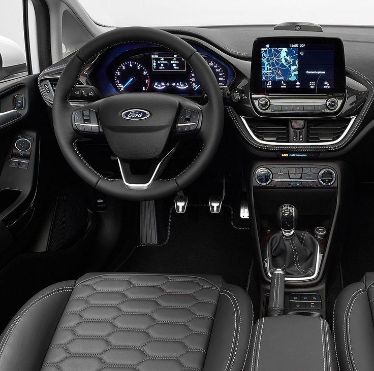 """#GoFurther Ford Fiesta 2017: esse é painel da nova geração do hatch! Marca apresentou globalmente nesta terça-feira a nova geração do Fiesta durante evento 'Go Further' em Colônia na Alemanha. Ela exibiu o novo design em quatro versões: Titanium ST-Line Active e o Vignale esse das fotos.  O interior foi totalmente modificado com uma tela de 8""""com efeito flutuante para a central multimídia. O novo Fiesta tem sistema SYNC3 epode ser equipado com sistema de som premium B&O Play. A Ford pretende…"""