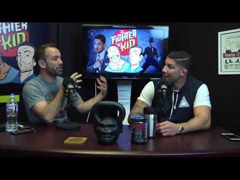 Brendan Schaub: I Guarantee The UFC Allows McGregor vs. Mayweather - http://www.lowkickmma.com/UFC/brendan-schaub-i-guarantee-the-ufc-allows-mcgregor-vs-mayweather/
