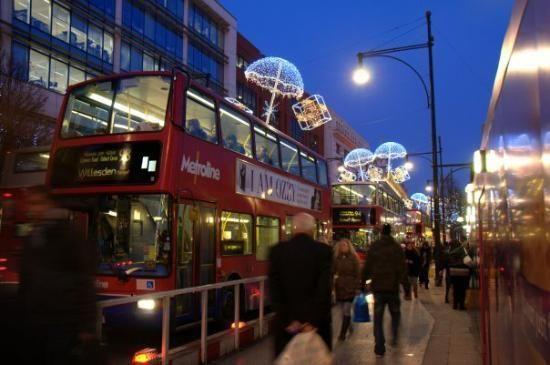 WOW ! Inilah Negara Dengan Tingkat Polusi Terbesar di Dunia. Oxford Street di London, Inggris jadi negara dengan tingkat polusi terbesar  #mobilWOW