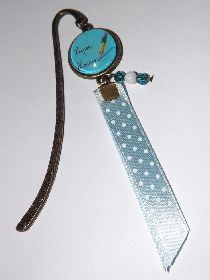 Marque page ,cabochon en verre 18mm super nounou, ruban bleu,perle cristal