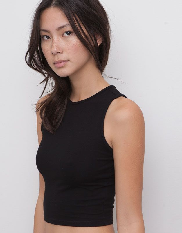 pull bear woman t shirts and tops crop top black. Black Bedroom Furniture Sets. Home Design Ideas