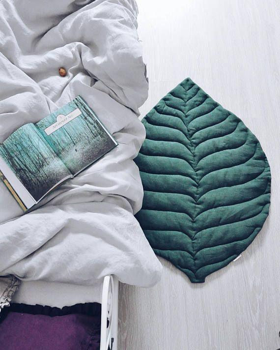 Die besten 25+ Teppich unter dem bett Ideen auf Pinterest - teppichboden für schlafzimmer
