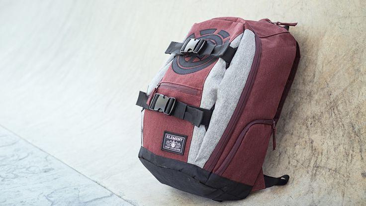 Quitte à prendre un sac à dos pour la rentrée 2017, autant que ça soit un bon sac de skateboard avec sangle de transport pour les sessions du weekend !