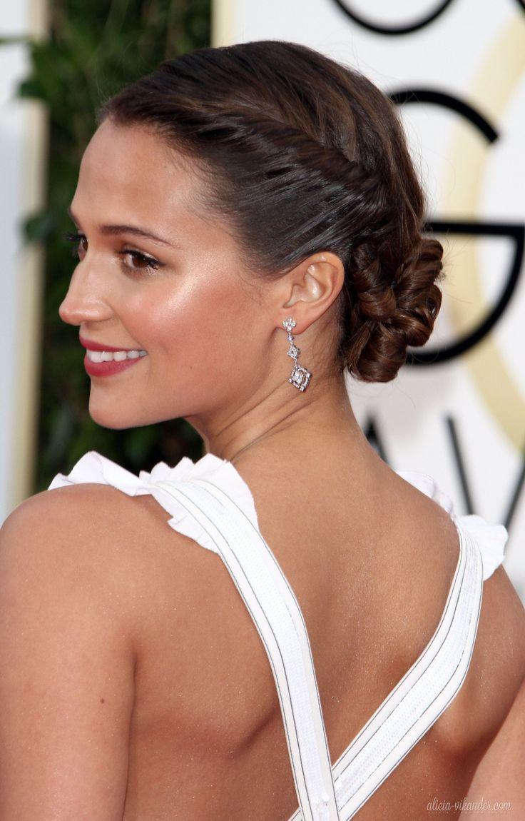 Alicia Vikander's Golden Globe 2016 Hair                              …