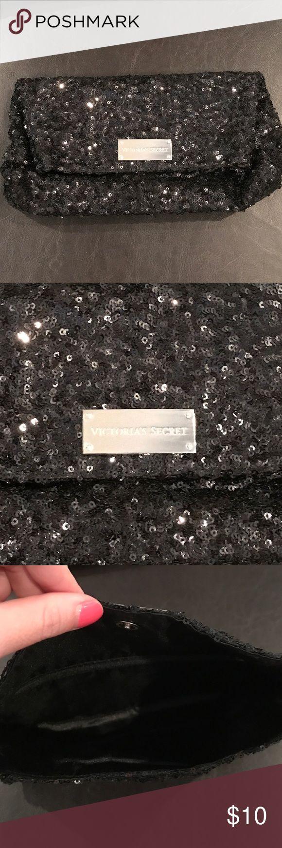 Victoria's Secret Sequin Clutch Victoria's Secret Sequin Clutch, Used Once, Looks New. Super Cute! Victoria's Secret Bags Clutches & Wristlets