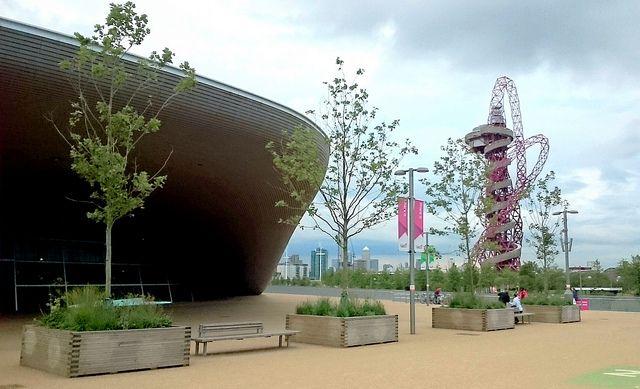 Exploring the Queen Elizabeth Olympic Park in Stratford London - http://www.europealacarte.co.uk/blog/2015/12/10/queen-elizabeth-olympic-park-stratford-london/