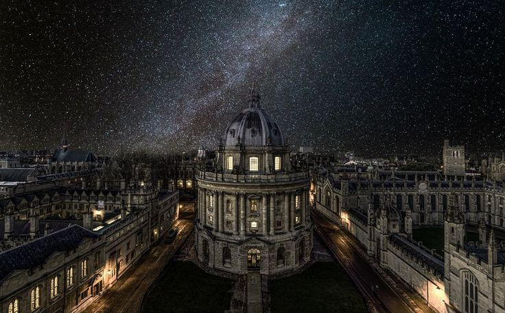 Млечный путь над Оксфордом, Yunli Song. Ловите мгновения на Яндекс.Картинках.