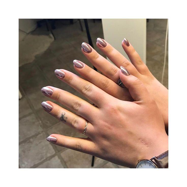 Smukke negle med spejleffekt fra Eleonora #mirror