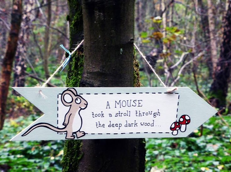 One of the signs I painted for our Gruffalo hunt <3