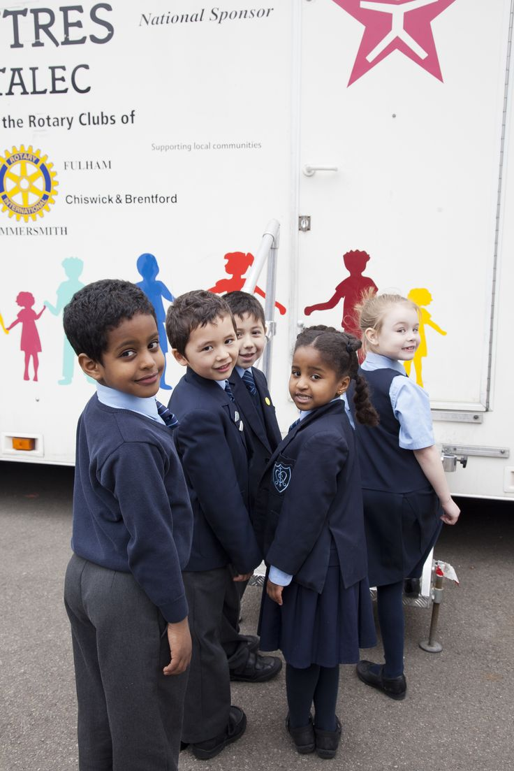 Waiting patiently to enter the mobile classroom to meet #healthyharold