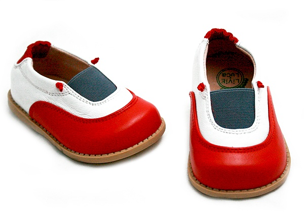 perfffffect red leather slip on shoe for the tiniest tiny.