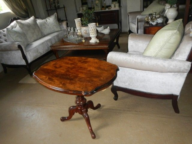 Victorian tilt top flame Maahogany tea table R3990
