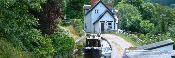 UK Canal boat hire
