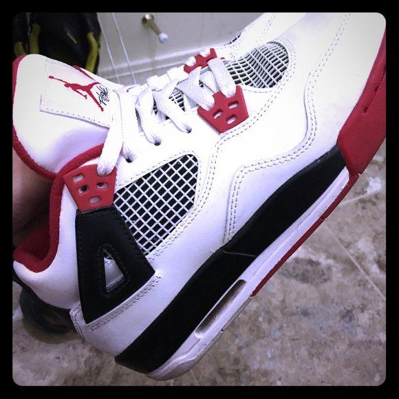 Fire red 4s air Jordan sneakers Fire red 4s nice n clean boys size 6 :) Jordan Shoes Sneakers
