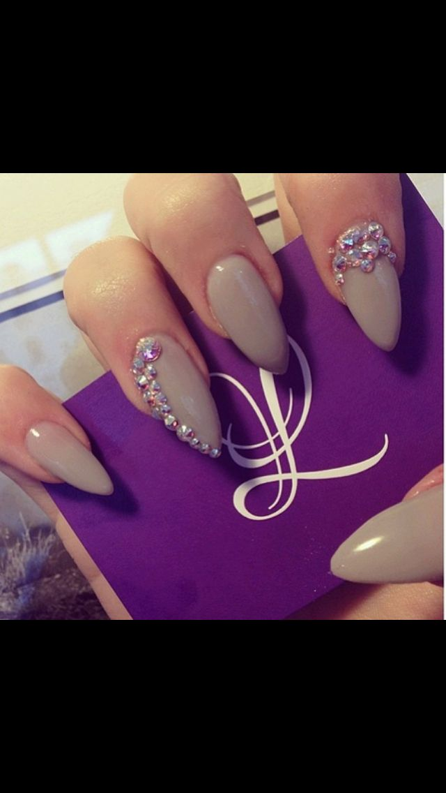 natural stiletto nails ha now is there was only a