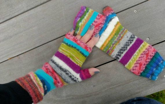 Check out this item in my Etsy shop https://www.etsy.com/se-en/listing/472570642/fingerless-mitts-pulsvarmare-halvvantar