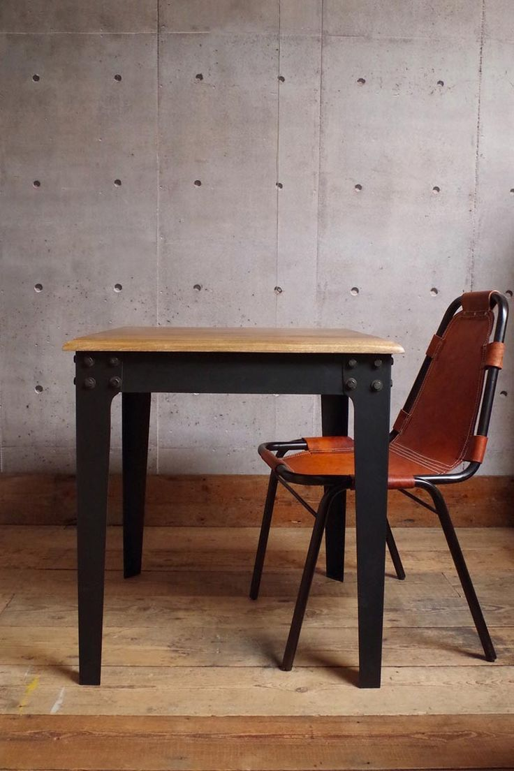 We can't stop dreaming about the charming industrial table new in at Vincent and Barn