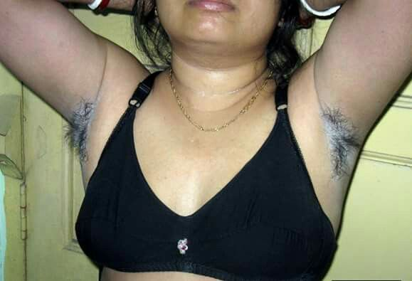 Indian woman exposing hairy Armpits | Woman's Hairy