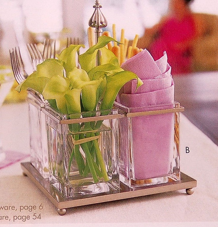 Awesome idea for a centerpiece at a picnic or casual brunch.