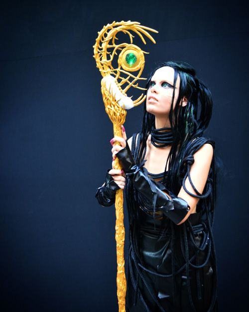 Rita Repulsa from Power Rangers Cosplay http://geekxgirls.com/article.php?ID=8677