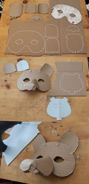 Making A Simple Mask #2 by Douglas R Witt, via Flickr. Qui aime fabriquer des déguisement ? Qui aime les porter ;) ?