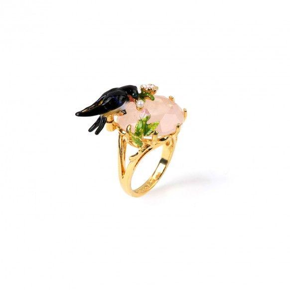 Bague hirondelle et ses trésors sur quartz rose, bijoux fantaisie Paris