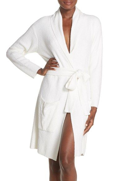 Free shipping and returns on Barefoot Dreams Short Robe at Nordstrom.com. Plush downy softness enriches the classic, ultra-flattering design of this lightweight, shawl-lapel robe.