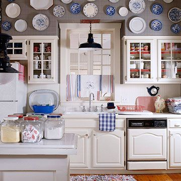 ...: Kitchens, Decor Ideas, Plates, Style, Blue, Decorating Ideas, Plate Wall, Kitchen Cabinets